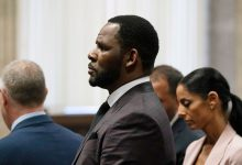 R. Kelly's Sex-Crimes Trial Comes to a Messy Close
